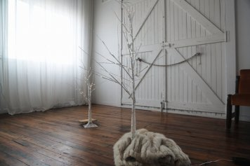 Pre-lit White Birch Tree 3ft